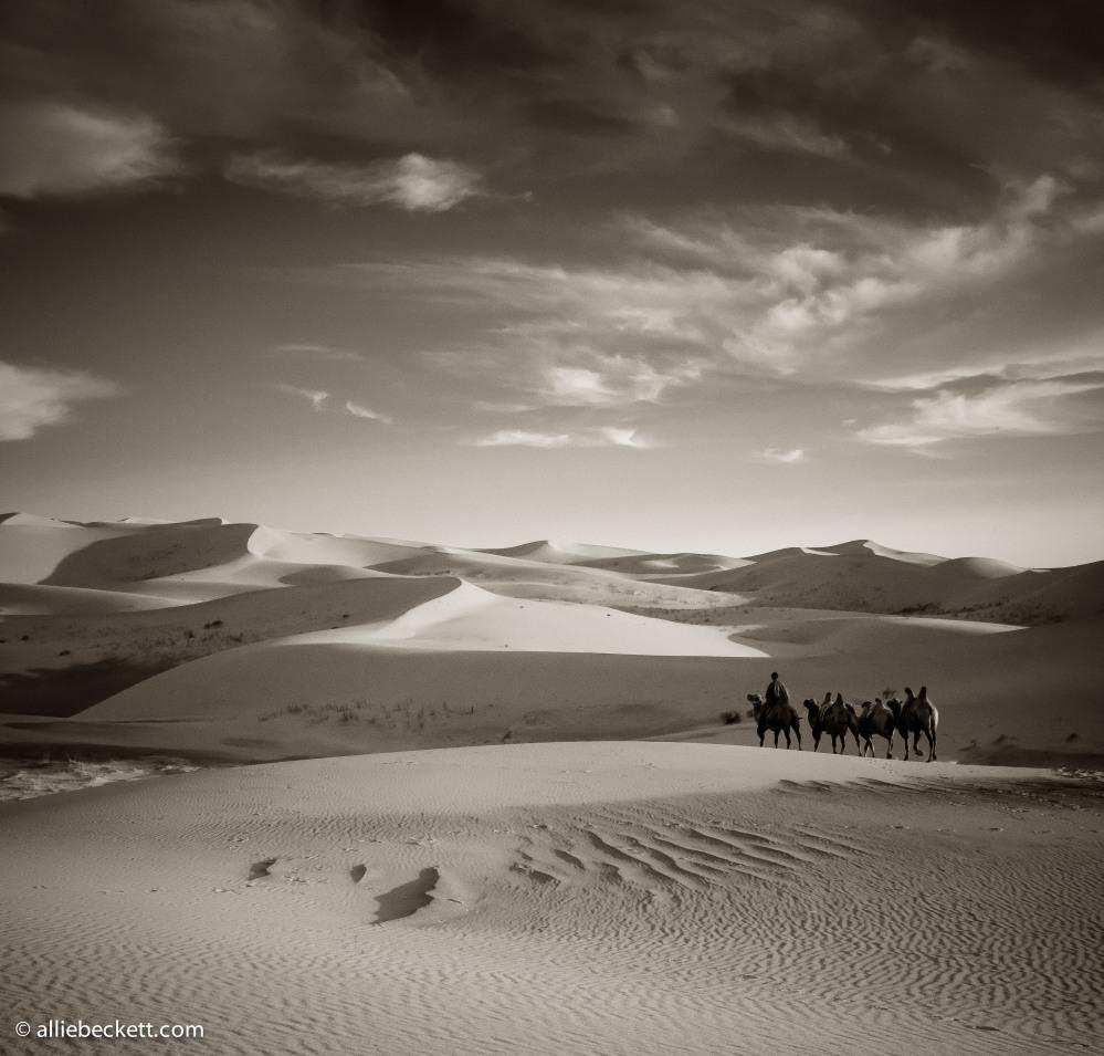 072812_gobi_sand_dunes_9165